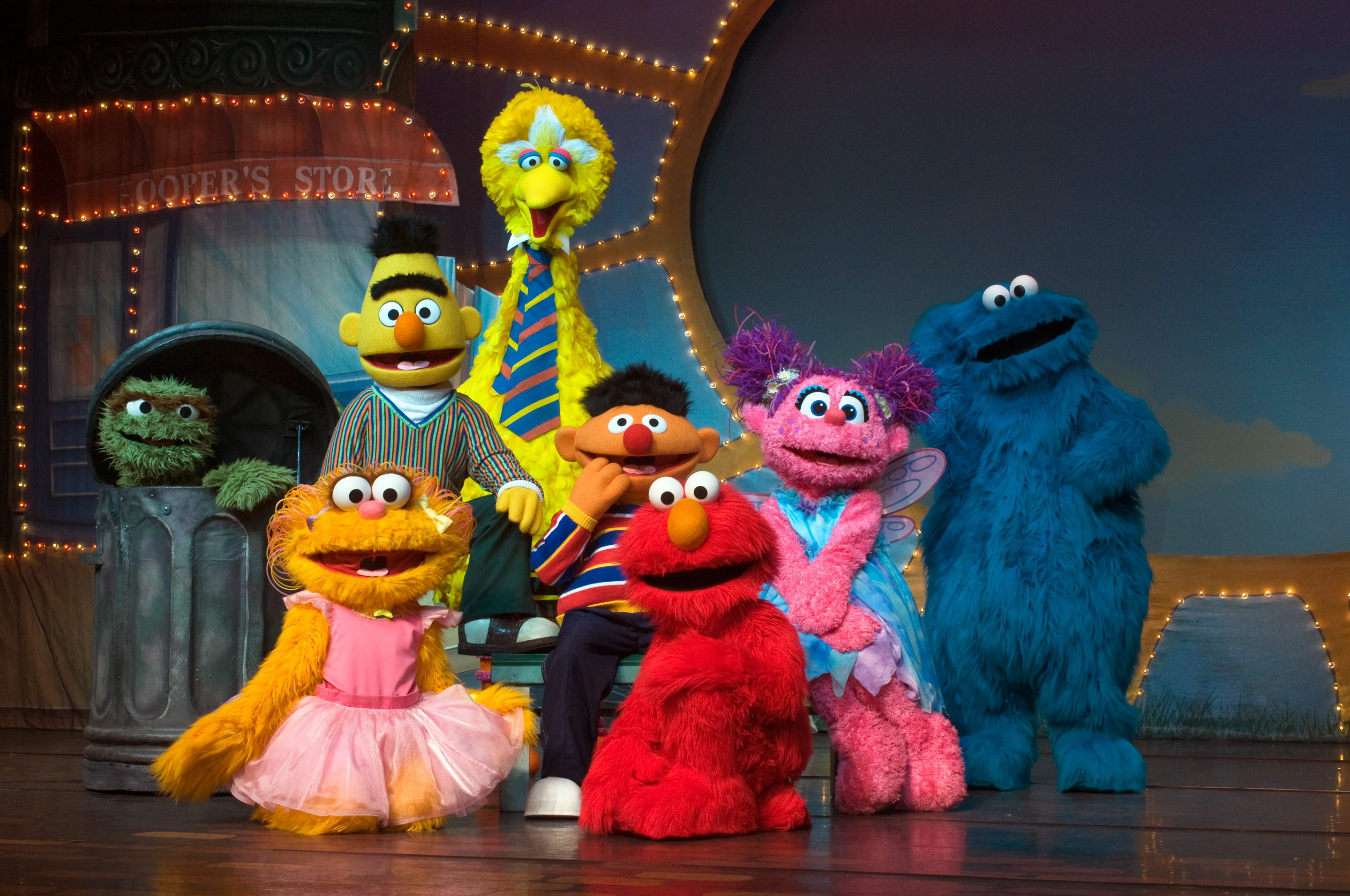 "Sesame Street Live ""Make a New Friend"" - Family 4 Pack ..."